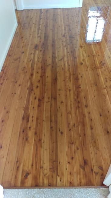 Gloss solvent based polyurethane on Cypress Pine